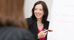 Schulungskonzepte und Fachunterlagen für Apotheken und Parfümerien